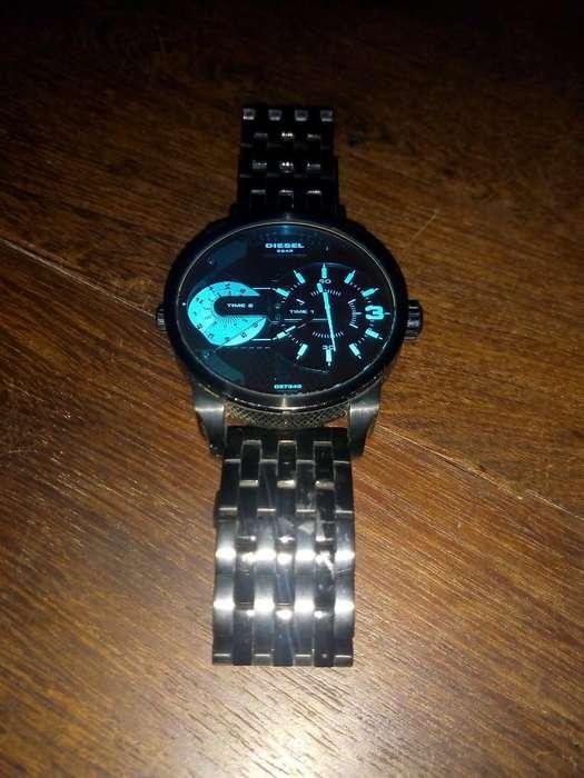 Vendo Reloj Diesel Modelo Dz4370