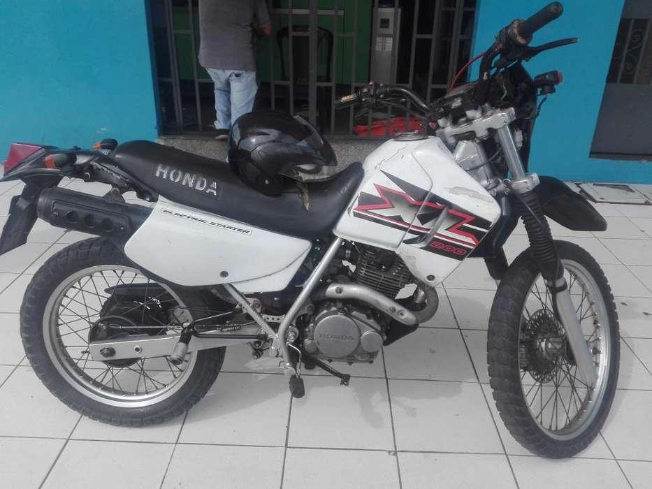 Vendo <strong>honda</strong> xl 200 ao 2004