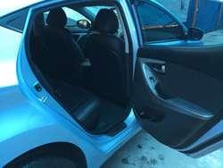 Hyundai Elantra Automático Glp Nuevo
