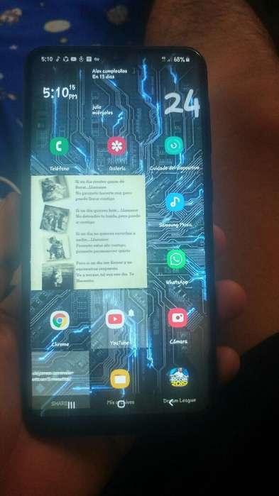 Vendo Samsung A10.