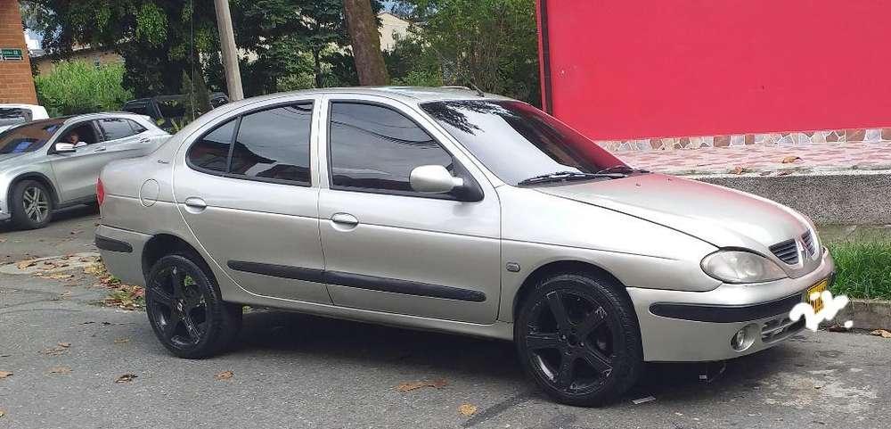 Renault Megane  2004 - 177324 km