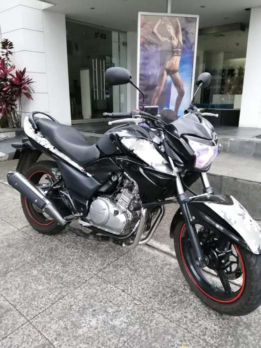 Suzuki Inazuma Fz Ns R15 Gixxer Nkd Xtz