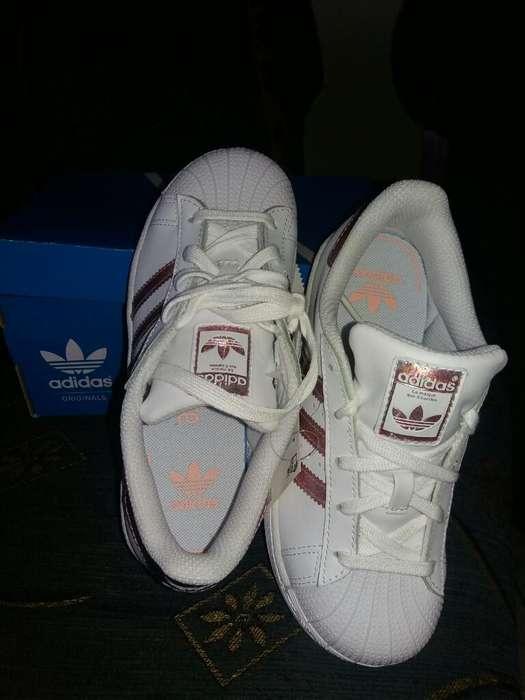 Zapatos de Niña Adidas Americanos