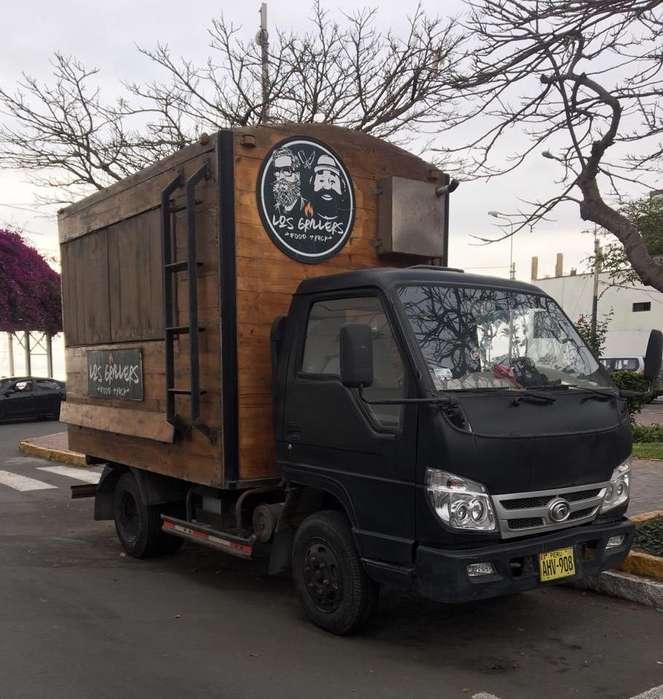 Vendo Food Truck completamente equipado
