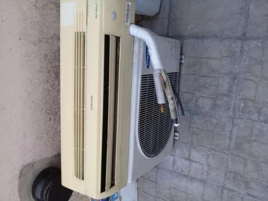 Aire acondicionado Samsung 2500 frigorias solo frio con control