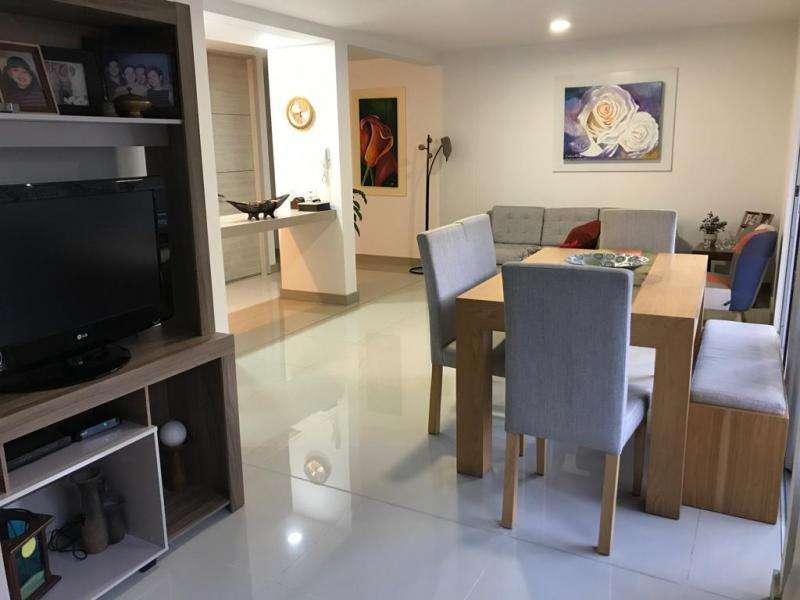 Cod. VBCMP661 Apartamento En Venta En Cali Cristales