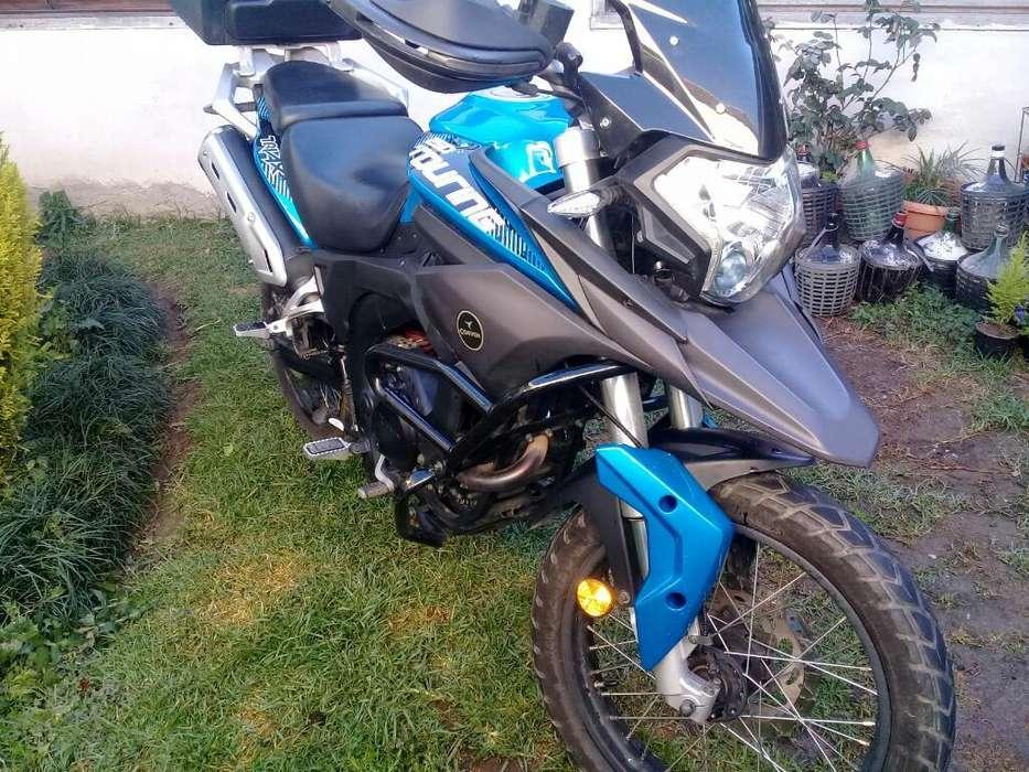 Vendo <strong>moto</strong> Touring