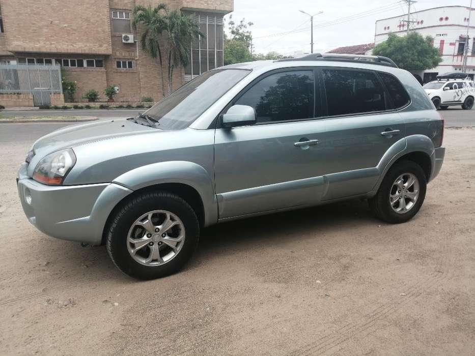 Hyundai Tucson 2010 - 148000 km