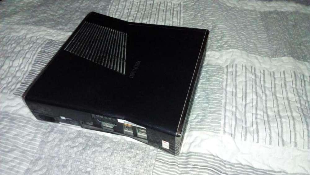XBOX 360 SLIM 3.0 EXCELENTE ESTADO