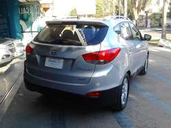 Tucson 2.0 GLS 4WD AT 2011 400.000 y cuotas