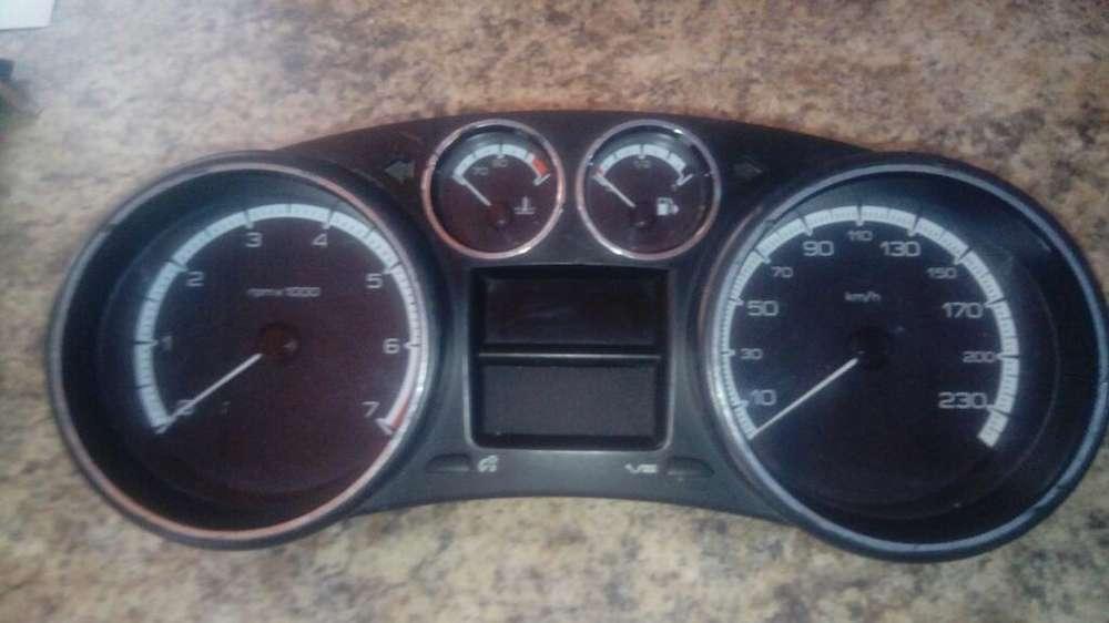 Instrumental de Peugeot 408