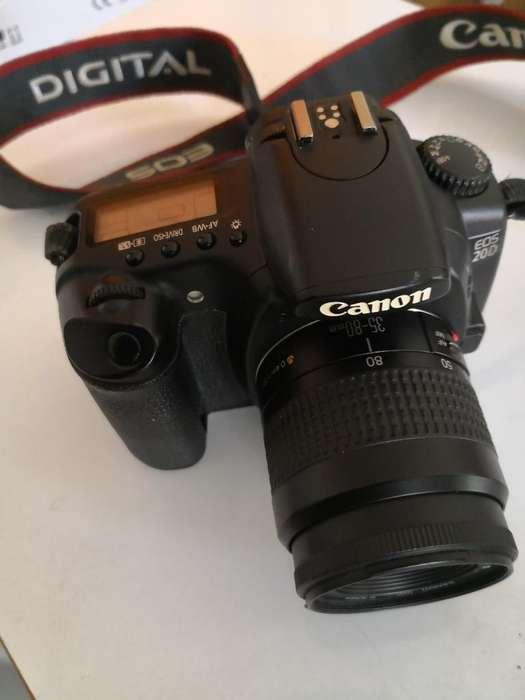 Cámara Canon 20 D