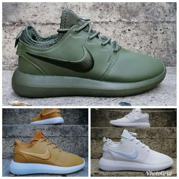 Nike Roche Cuero