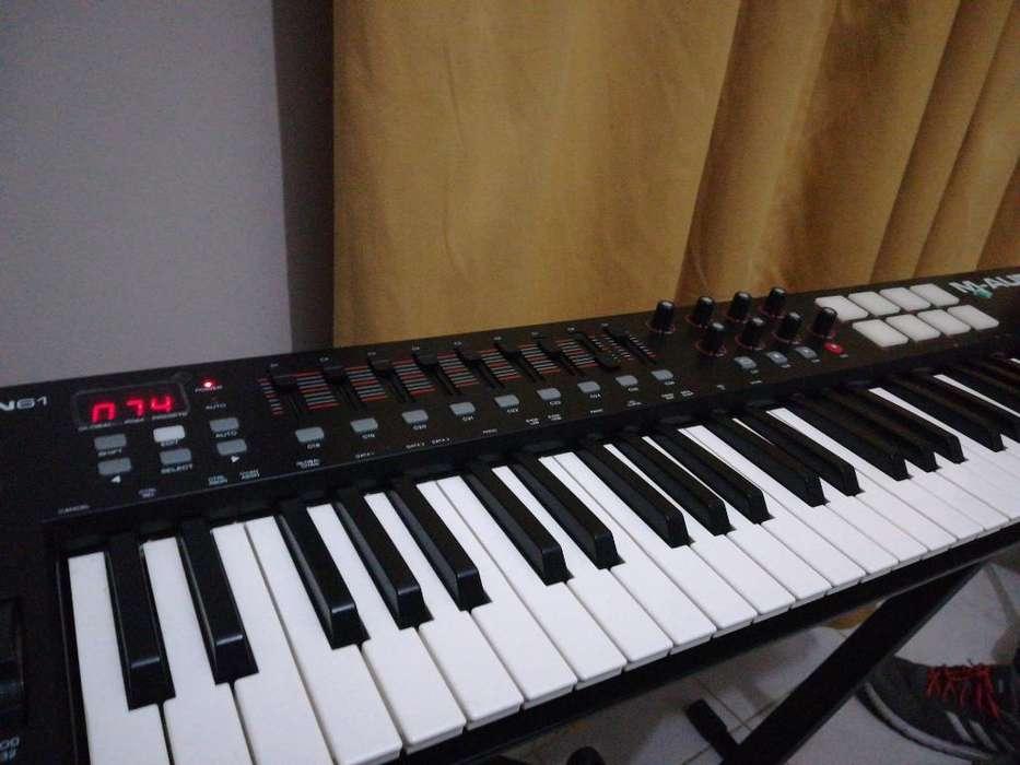 Controlador Midi M Audio Oxigen 61