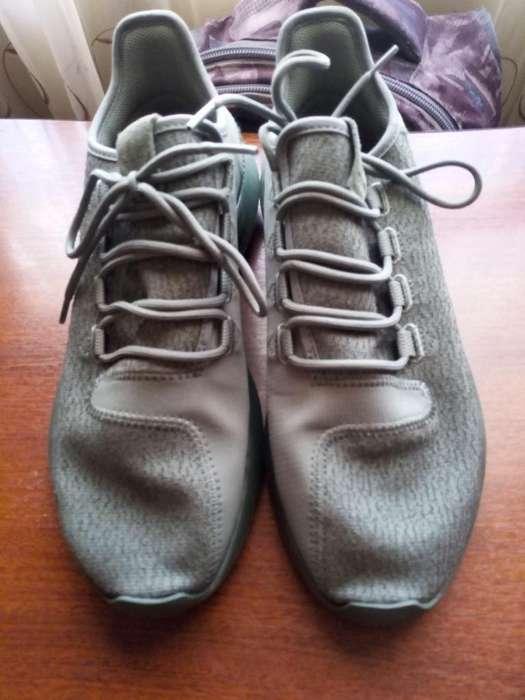 Adidas Tubular 9.5