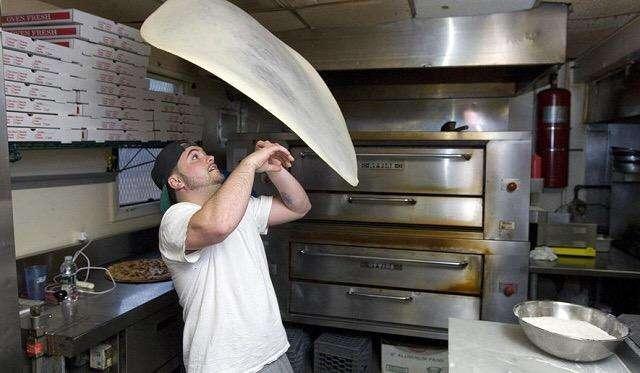 Cadena Pizzerias Requiere Pizzero