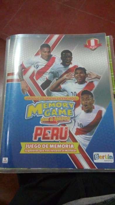 Álbum con tarjetas de selección peruana