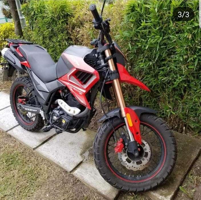 Moto Axxo Tracker Como <strong>nueva</strong>