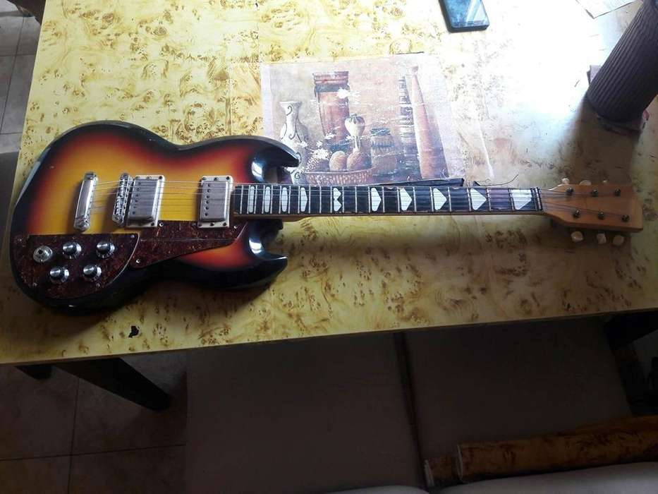 vendo guitarra kuc 1969
