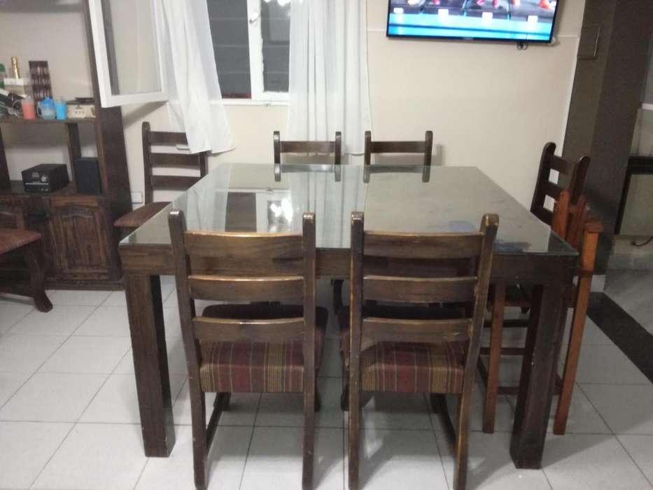 Juego de <strong>comedor</strong> mesa cuadrada de 14 con 8 sillas Impecable