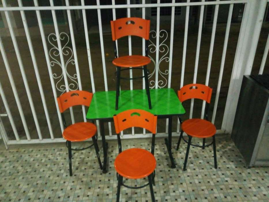 Mesa para Negocio 4 Sillas