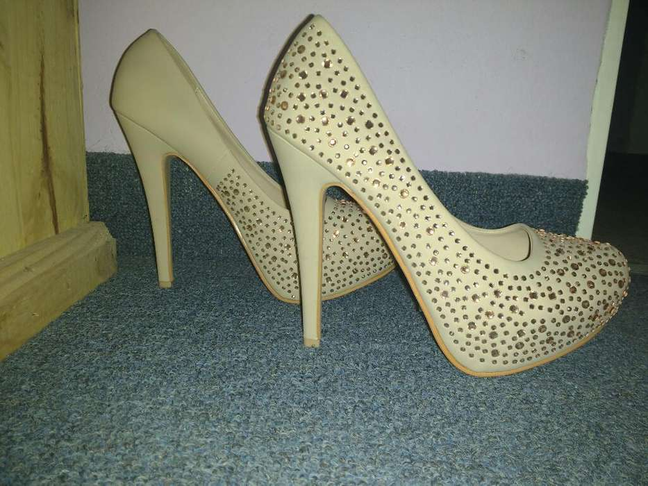 Zapatos Nuevos Talle 39