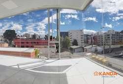Oficina / Consultorio x estrenar en Venta - Vosandez, La Y - esquinera 2 baños