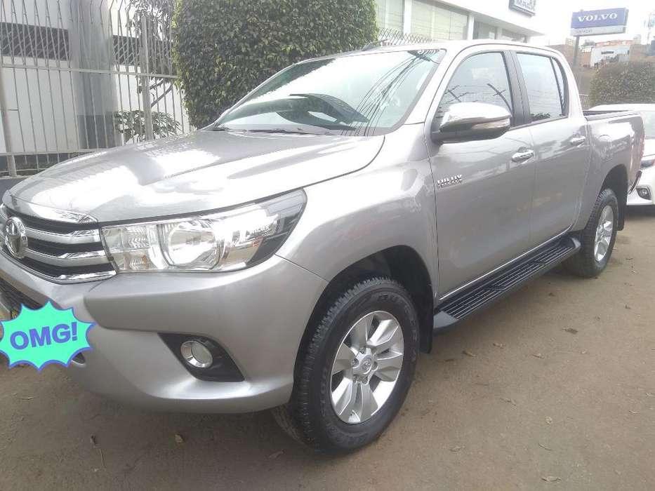 Toyota Hilux 2016 - 15000 km