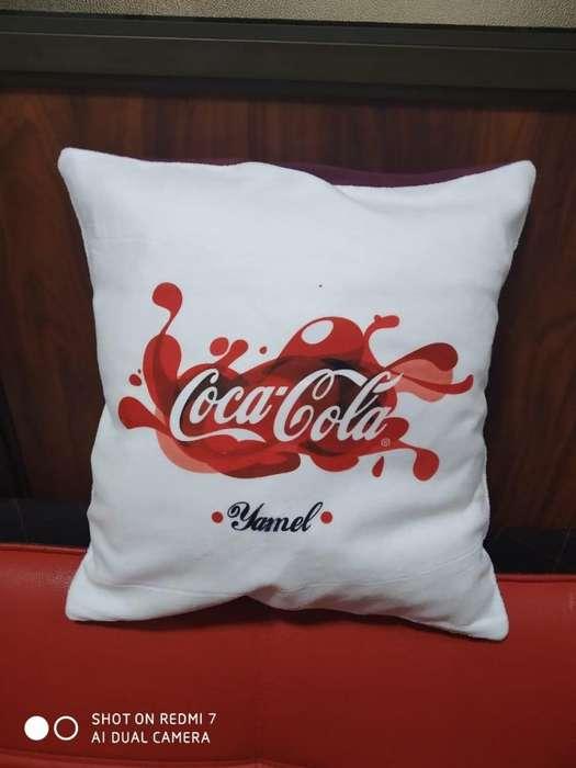 Almohada personalizada, sublimada, regalo, souvenir.