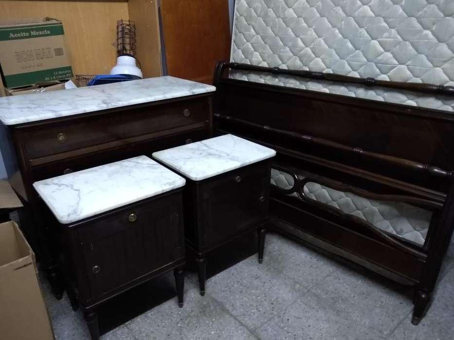 Antiguo Dormitorio Inglés con Mármol