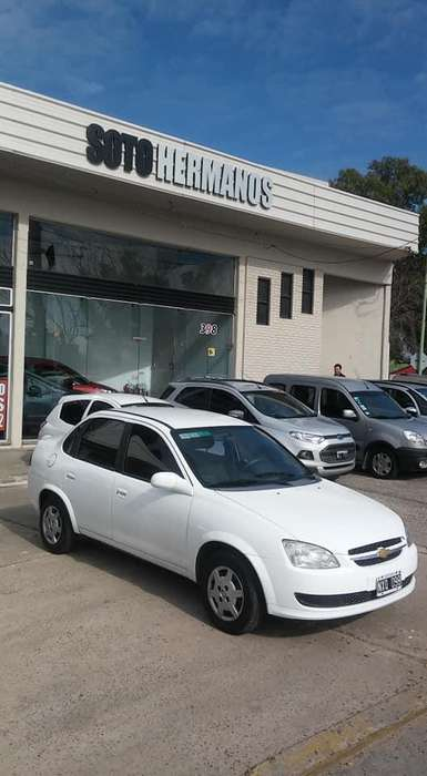 <strong>chevrolet</strong> Classic 2014 - 63000 km