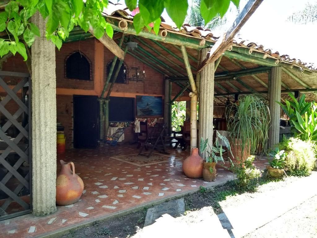 Le vendo o alquilo finca productiva y de recreo ubicada en Vallejuelo [en el municipio de Zarzal  Valle del Cauca]