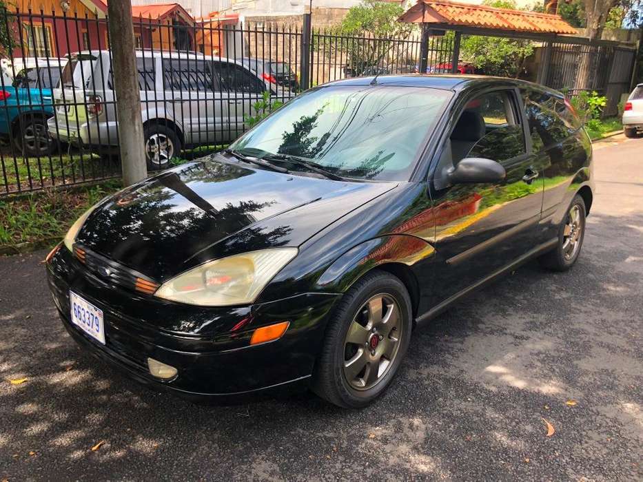 Ford Focus 2001 - 169000 km