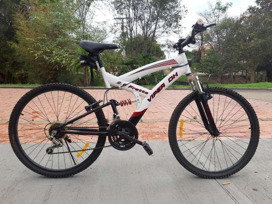 Bicicleta Todoterreno Doble Suspensión