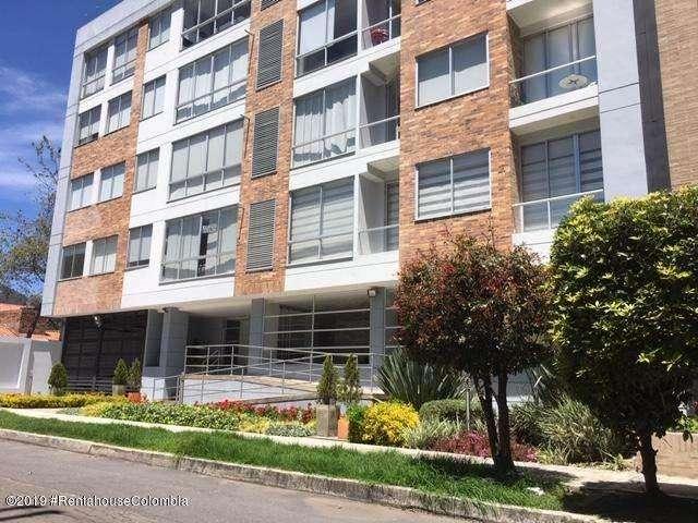Arriendo <strong>apartamento</strong> amoblado Usaquen MLS #19-1088 FR