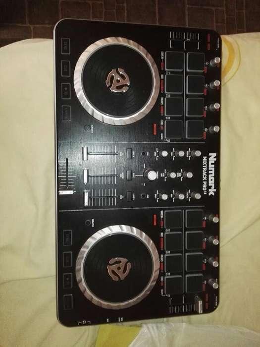 Controlador Dj Numark Mixtrak Pro Ii