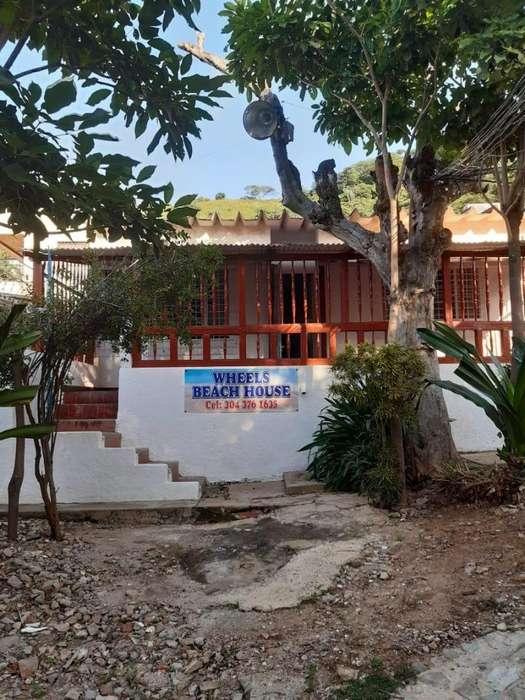 Wheels Beach House - Ruedas <strong>casa</strong> de Playa - Hostal Taganga, Santa Marta.