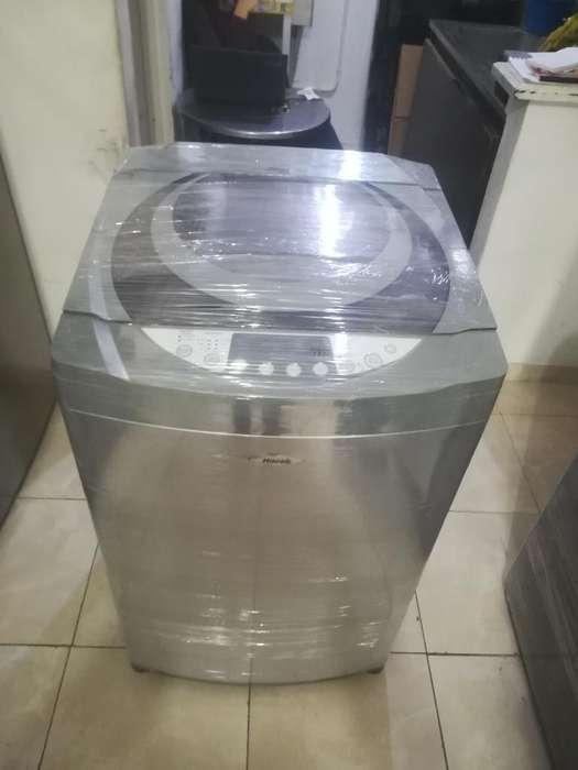 Lavadora de 30 Libras, Haceb, Buen Estad