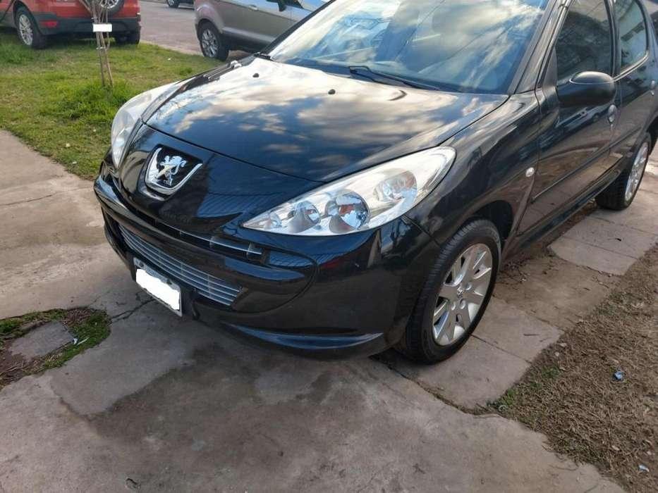 Peugeot 207 Compact 2011 - 73970 km