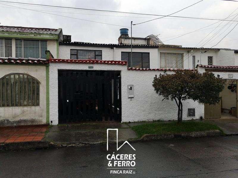 Casa En Venta En Bogota Castilla Cod. VBCYF21476