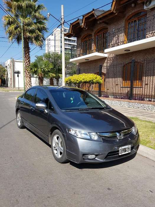 Honda Civic 2011 - 168000 km