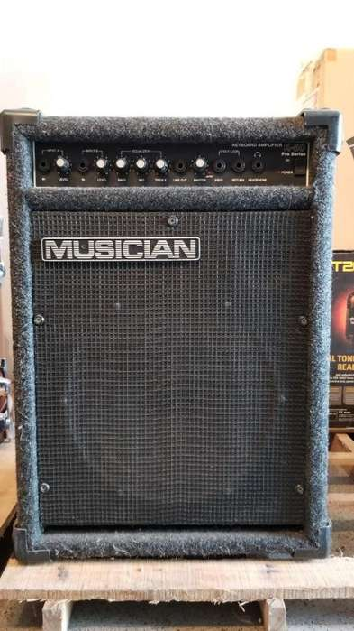 Amplificador para guitarra MUSICIAN K-50