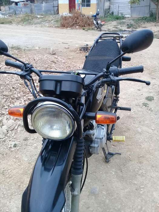 Vendo Moto <strong>honda</strong> Enduro