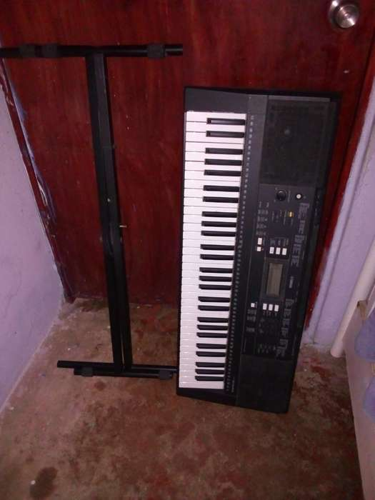 Vendo Piano Yamaha