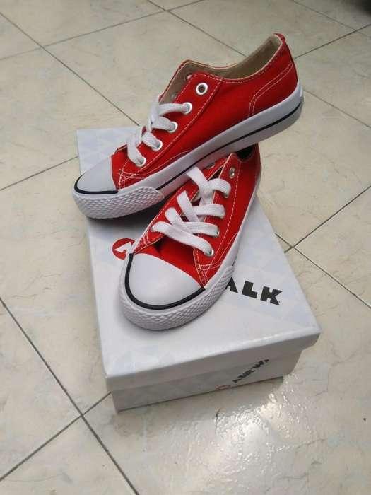 Zapatos Nuevos Mitad de Precio Talla 33