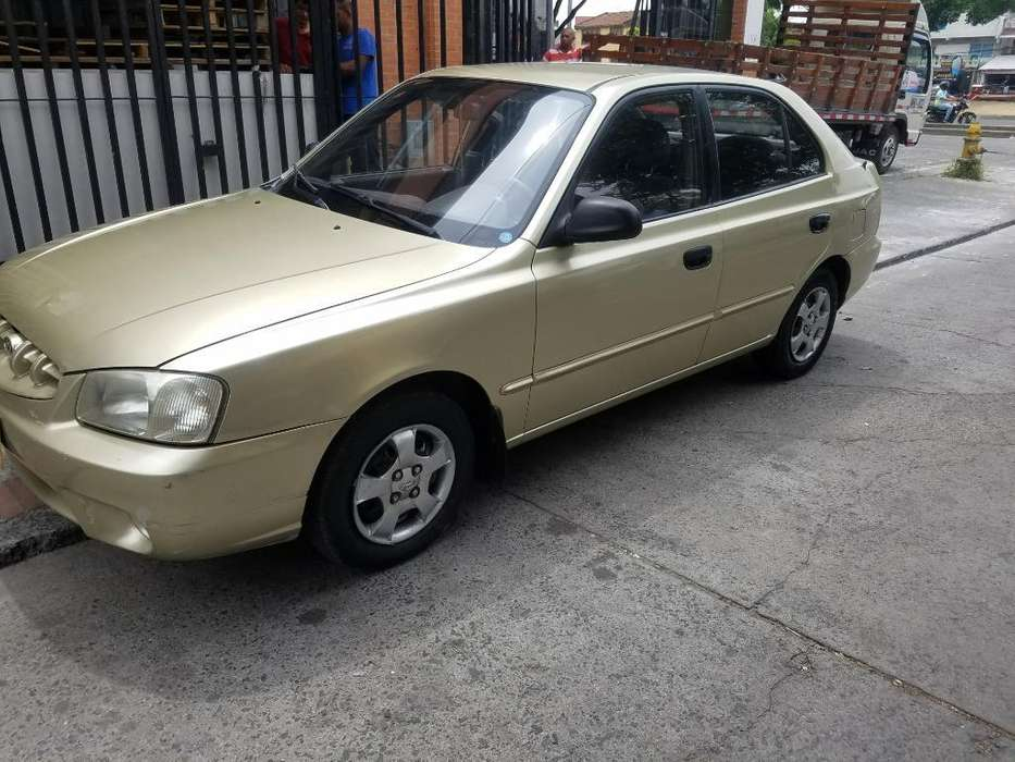 Hyundai Accent 2002 - 158000 km