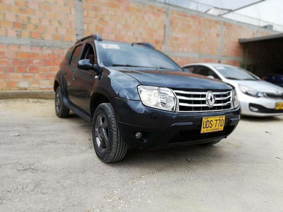 Renault Duster 2016 - 330000 km