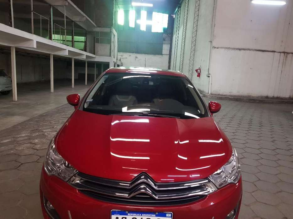 Citroen C4 Lounge 2018 - 25000 km