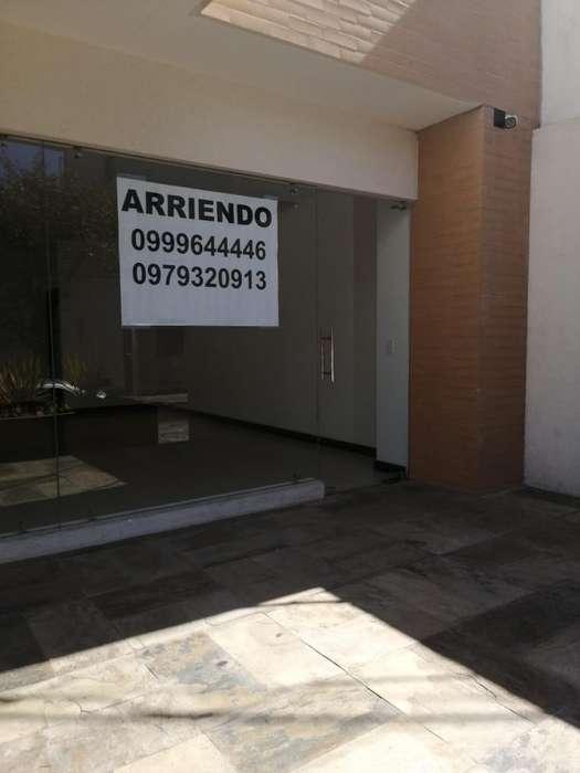 Vendo O Alquilo Local Calle Santa Maria
