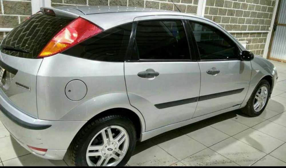 Ford Focus 2008 - 140000 km
